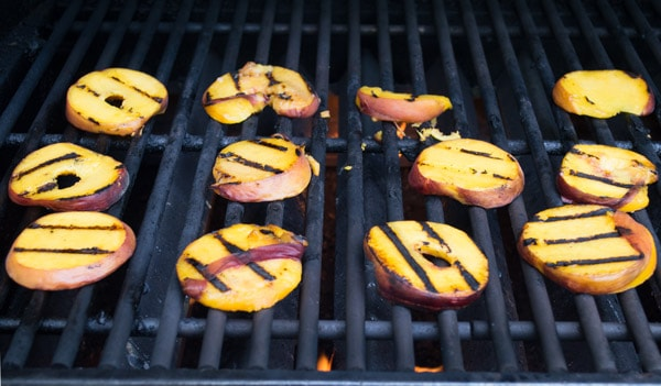 Peach-Slices-on-the-Grill